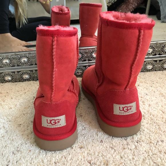 UGG Shoes   Red Short Uggs   Poshmark